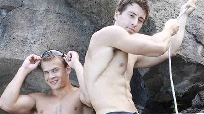 fratmen-sucks-casey-vincent-tmb