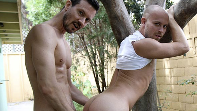 bentleyrace-bens-summer-vacation-fucking-scott-campbell-tmb