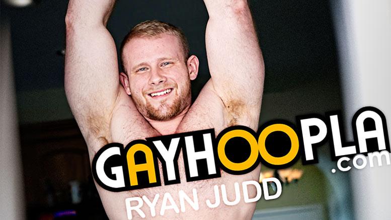 GayHoopla: Ryan Judd (Hairy Bodybuilder Jerks Off)